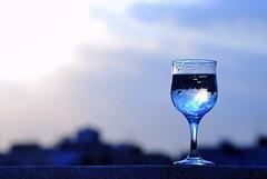 The sky (A.al-Muzaini) Tags: sky usa water glass nikon top indoor fav kuwait 1855mm q8 abdullah d60 الخليج الكويت سماء كويتي بومحمد السماء aplusphoto المزيني almuzaini الكزيني