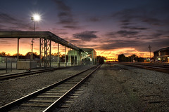 Mexico Sunset 10.10.2008 (Notley) Tags: railroad sunset sky clouds mexico evening october tracks missouri 2008 railroadtracks mexicomissouri 10thavenue audraincounty notley ruralphotography notleyhawkins missouriphotography httpwwwnotleyhawkinscom notleyhawkinsphotography