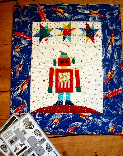 robot quilt from Jan