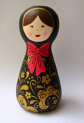 Babushka Belle Bellica (Belle Bellica) Tags: gold doll preto dourado ribbon boneca babushka laço