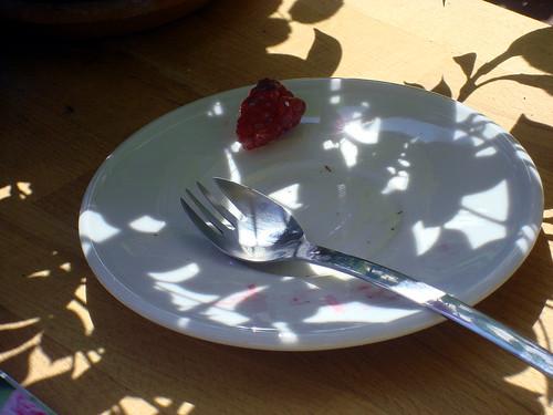 Vanille-Glace mit Früchten