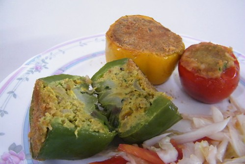 cut stuffed capsicum