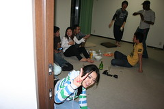 IMG_4984.JPG (drapelyk) Tags: friends party japan apartment roommate shiga otsu