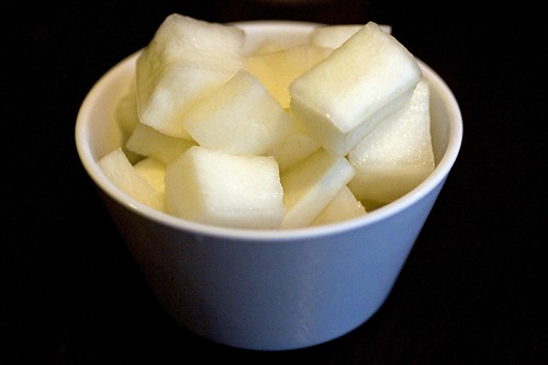 Sweet pickled daikon