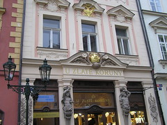 U zlat koruny / Zur goldenen Krone (rudi_valtiner) Tags: city facade gold krone czech prague prag praha tschechien crown zentrum innenstadt fassade jeweller juwelier koruny zlat