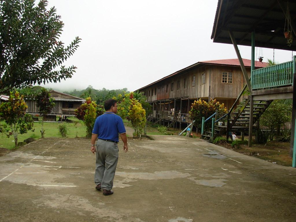 Sarawak-Belaga-LHouses (59)