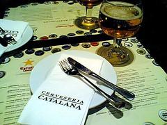 Cerveseria Catalana (catepol) Tags: barcelona beer glass spain fork via espana gran birra modernismo barcellona spagna catalana gaud rambla cerveseria cervesa catepol