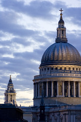 St Paul's evening (Stringendo) Tags: sky london clouds evening twilight cathedral stpauls thecity dome classical wren cityoflondon