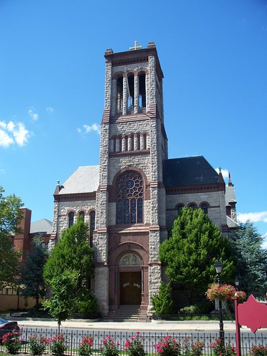 Annunciation Catholic Church 2 - 700 West Fourth Street