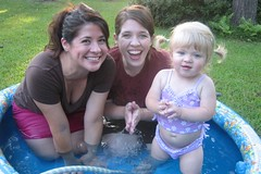 Tracy, Cindy & Cate enjoy some pool time