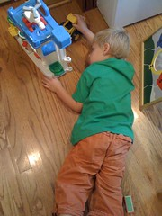 my nephew playing (alist) Tags: robison alicerobison ajrobison