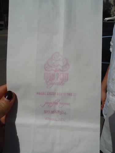 Mon Petit Cupcakes paper bag