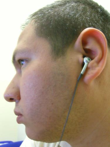Escuchando..., México DF 080815 por Mohamed Morales México.