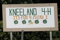 kneelandsign