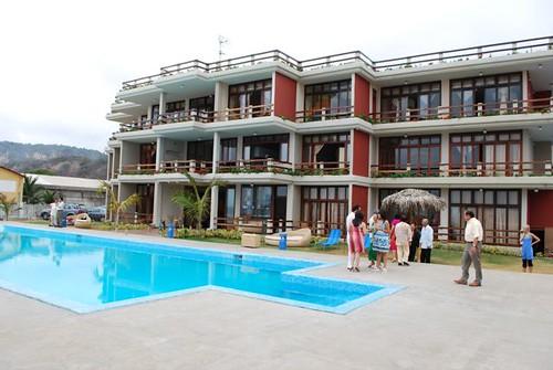 Vistazul-Ecuador-beach-condo-clubhouse