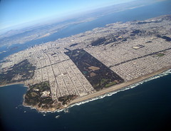 San Francisco / Aerial /  () Tags: ocean sf sanfrancisco goldengatepark above park ca parque vacation holiday window plane garden bay fly inflight downtown aircraft altitude centro jet thecity jardin aerial landsend jardim praa windowview sanfranciscobay boeing soire parc