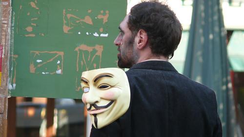 Anonymous amenaza con ataque virtual a páginas del gobierno peruano