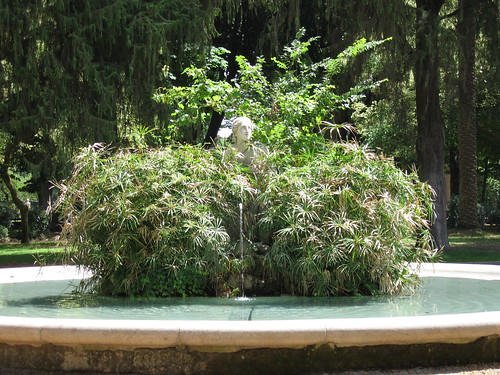 Fountain in Villa Borghese
