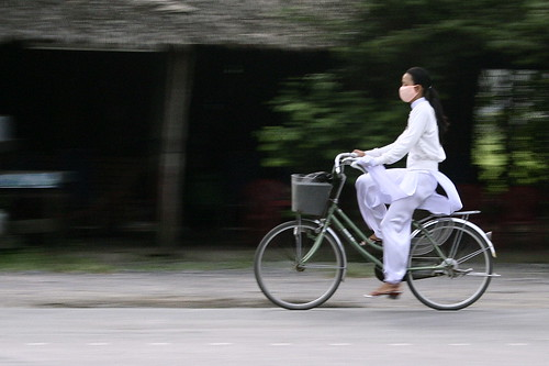 woman in ao dai