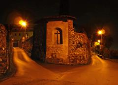 tra due fuochi (sharkoman) Tags: luci toscana prato tabernacolo notturno fiatlux