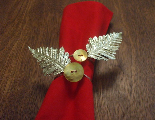 holiday button napkin rings