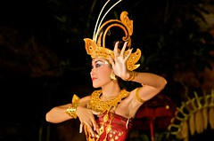 Balinese Dancer 2 (Giuliano Santorelli) Tags: bali girl indonesia nikon d70 dancer mao ubud balinese