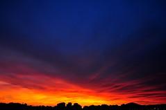Sen uyurken sevgilim, gün doğdu ufkumuzda... (Atakan Eser) Tags: sunset günbatımı güneş doğuş yenigün dsc3302