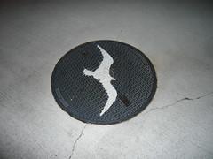(ponpi) Tags: seagull manhole   toyosu