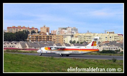 Avión PROCEDENTE DE SEVILLA, ENTRANDO A MELILLA