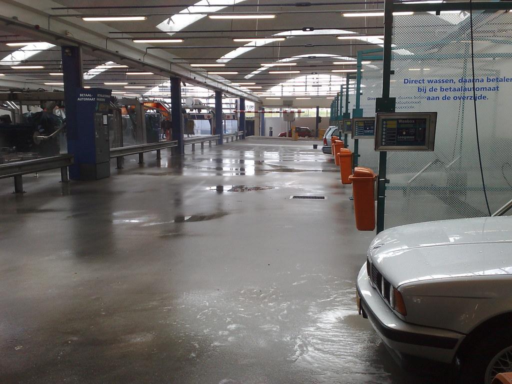 Loogman car wash