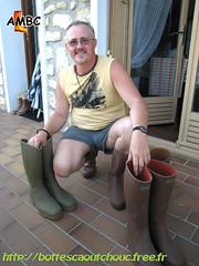 Les bottes caoutchouc Le Chameau (pascal en bottes) Tags: boots goma rubber le pascal wellies gummistiefel bottes botas gumboots gomma chameau stiefel caoutchouc stivali stövlar