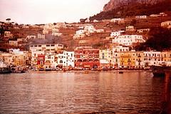 Porto di Capri (Birnardo) Tags: capri italia campania porto sensational inverno pioggia digitalcameraclub onlythebestare flickrestrellas discoveryphotos flickrbestpics peachofashot lefotopibelledelmondo birnardo bomboetosky