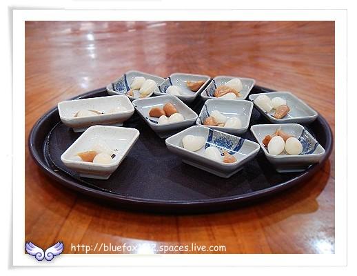 080417秦味香陜西風味小吃02_醃蒜頭