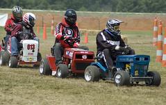 DSC_8085 (votrepear) Tags: lawn racing mower