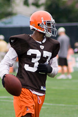 A. J. Davis @ Cleveland Browns Training Camp (Four Symbols) Tags: ohio orange brown white black game dawg sports field sport training football team uniform cleveland nfl helmet professional american browns jersey practice jerseys footballfield cb northern clevelandbrowns trapper afc americanfootball td savage trainingcamp berea cle lerner chomps crennel americanfootballconference bereaohio romeocrennel bereaoh logoless brownieelf northerndivision philsavage randylerner