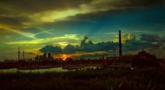 TO Sunset (Metrix X) Tags: sunset toronto canada mamiya c220 film xpro kodak slide 55mm expired e200 lesliespit