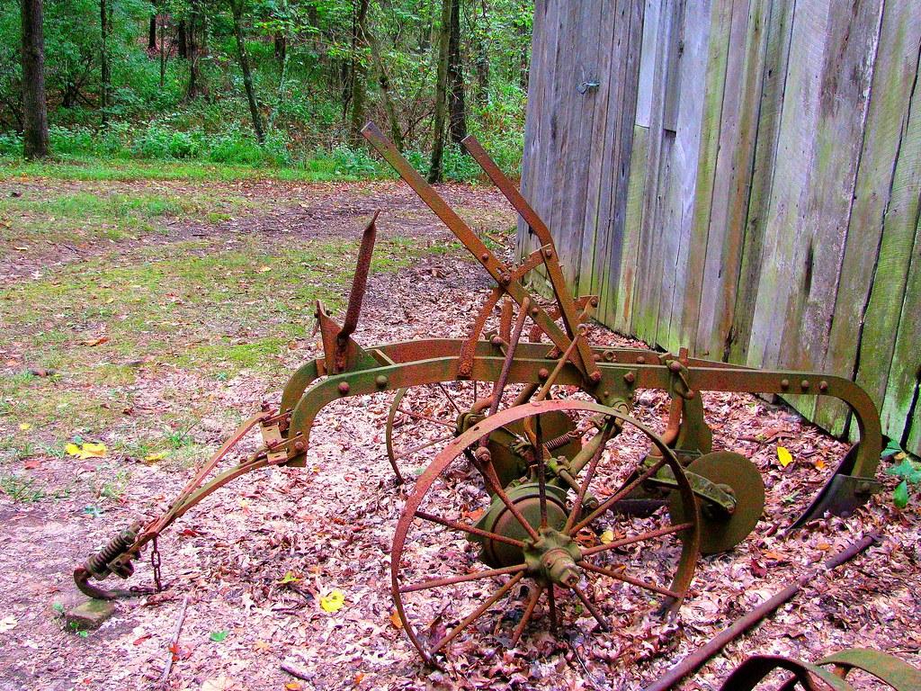 Antique Farm Equipment pic 2