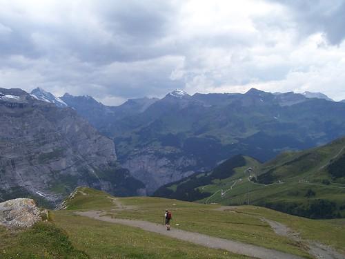 Walking around Kleine Scheidegg