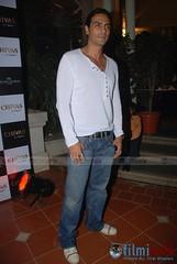 056 (Rimal2) Tags: fashion day tour rohit chivas bal karan johar