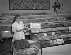 Photo of Hostess Pride chicken display from the Library of Virgina