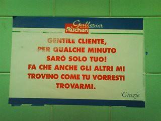 Cartelli Per Tenere Il Bagno Pulito : Cartelli trovati nel bagni pubblici che vi stupiranno foto