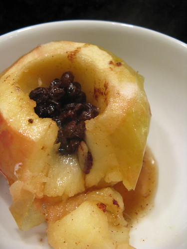 Baked Apple with Currants