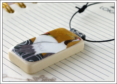 Domino pendant: birds