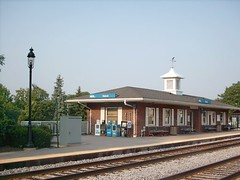 The Itaska Illinois Metra commuter rail station. September 2007.