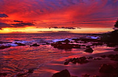 Red Sky and Sea (janruss) Tags: sunset red hawaii searchthebest maui explore wailea colorphotoaward theperfectphotographer goldstaraward janruss janinerussell mygearandme mygearandmepremium mygearandmebronze