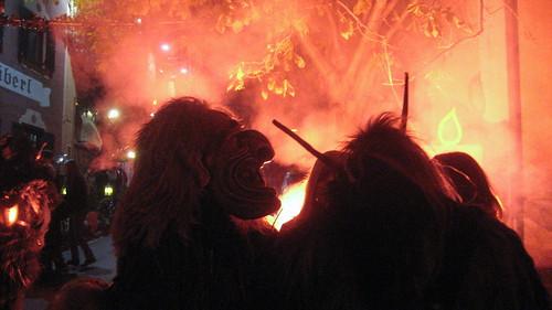 Krampus y el fuego