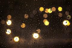 Como lucirnagas bajo la lluvia (hiskinho) Tags: light water rain luces lluvia agua farola waterdrop wasser bokeh drop cristal raindrop impressedbeauty