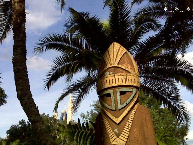 IMG01072-Idol-Palms-Adventureland-Magic-Kingdom-02
