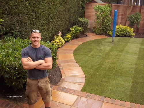 Indian Sandstone Patio and Lawn Image 32
