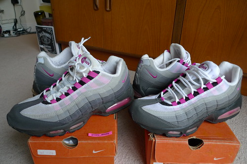reduced air max 95 fire pink a222b 26ff7